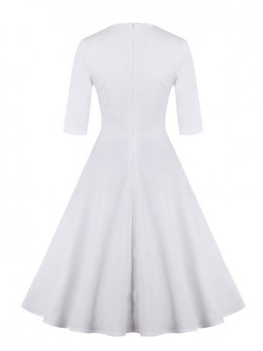 Classic 1950's Vintage White Half Sleeves Casual Cocktail Party Dress