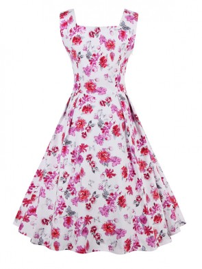 Charming 1950's Vintage White Floral Print Flared Swing Dress